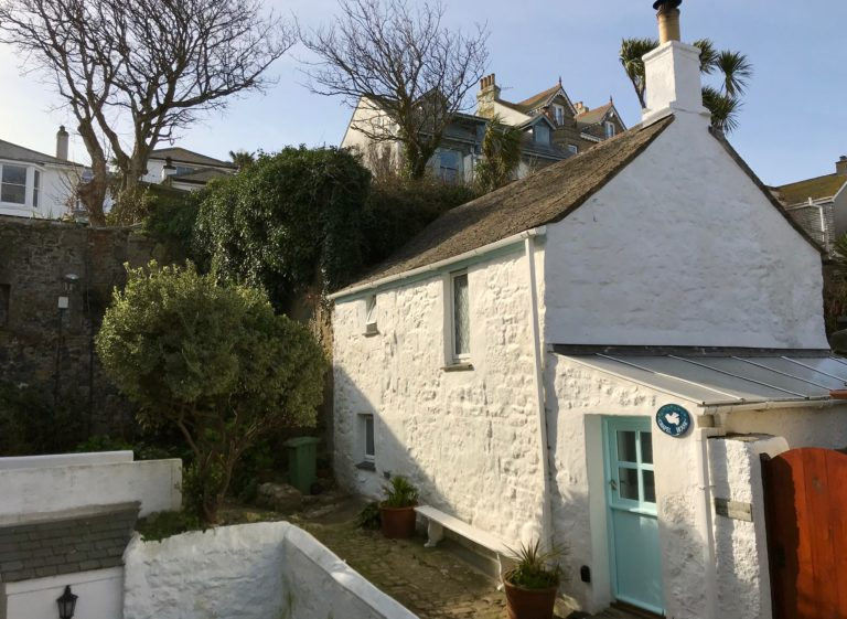 Chapel House Exterior - traditional fisherman's cottage st ives